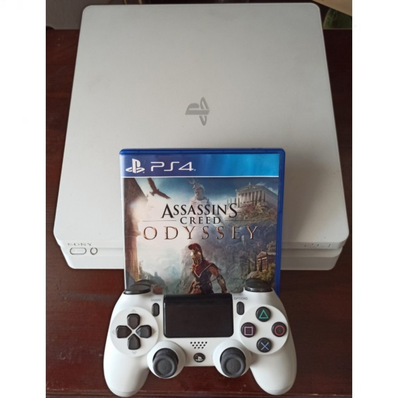 PlayStation 4 Slim Glacier White 500GB+Assassin's Creed Odyssey